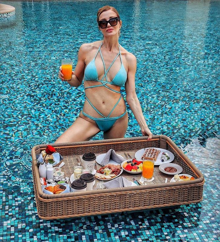 Жаклин Берридо Пизано в купальнике